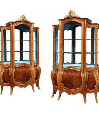 Exhibition quality Napoleon III kingwood vitrines