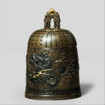 Nogawa foundry bronze casket in the form of a temple bell, c1880