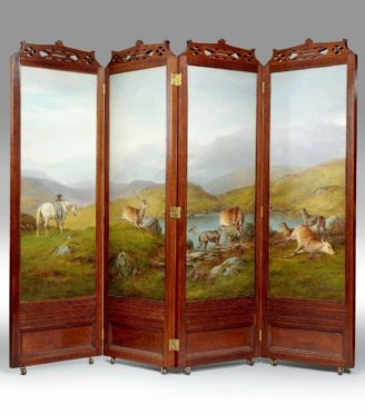 Wooden Folding Screen with Animal Print