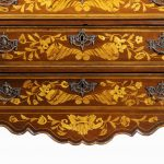 Period Dutch Mahogany Four-Drawer Bombe Marquetry Commode drawers