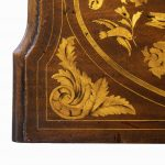 Period Dutch Mahogany Four-Drawer Bombe Marquetry Commode Detail Top