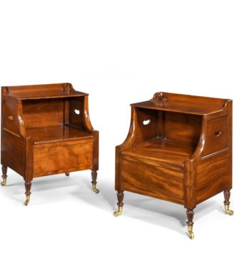 A pair of William IV mahogany bedside cupboards by Gillow